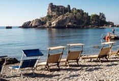 Isola Bella (美丽的海岛)是一个小海岛在陶尔米纳附近 库存图片