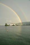 Isola Bella, Stresa, sjö - lago - Maggiore, Italien dubbel regnbåge Arkivbild