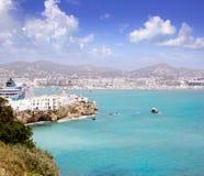 Isola bianca della città di Ibiza dall'antenna alta del castello Immagine Stock Libera da Diritti
