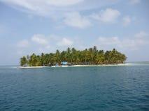 Isola caraibica dell'azienda agricola della noce di cocco Fotografie Stock