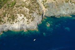 Isola d'Elba-Fetovaia falezy Zdjęcia Royalty Free