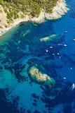 Isola d'Elba-Pomonte & schipbreuk Stock Foto's