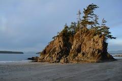 Isola dal lato del mare immagini stock