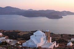 Isola dei Milos al tramonto Fotografia Stock