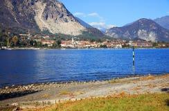 Isola dei Pescatori & x28的风景看法; Fishermens Island& x29; Lago Maggiore,意大利,欧洲 免版税图库摄影