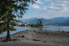 Isola dei Pescatori, rybak wyspa w Maggiore jeziorze, Borromean wyspy, Stresa Podgórski Włochy, Europa Widok formularzowy Isola B obrazy royalty free