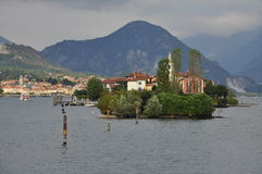 Isola dei Pescatori, sjö (lagoen) Maggiore, Italien Fotografering för Bildbyråer