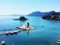 Isola dei topi vicino all'isola di Corfù, Grecia Immagine Stock