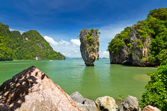 Isola del James Bond sulla baia di Phang Nga Fotografia Stock