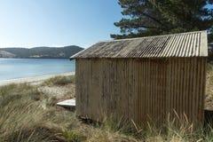 Isola di Bruny del punto di Dennes della tettoia della barca Fotografia Stock