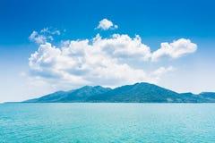Isola di Koh Chang con la nuvola, Tailandia Fotografie Stock