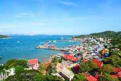 Isola di Koh Si Chang in Chonburi Fotografie Stock Libere da Diritti