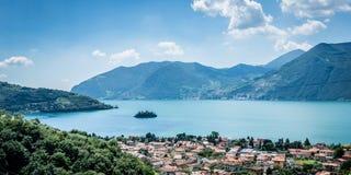 Isola di Loreto, lago Italia Iseo immagini stock libere da diritti