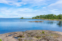 Isola di pietra di Valaam delle lastre Fotografia Stock Libera da Diritti