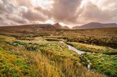 Isola di skye, montagna di Quiraing, paesaggio scenico della Scozia immagini stock