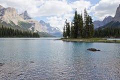 Isola di spirito, lago Maligne Fotografia Stock
