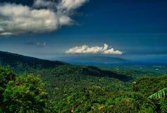 Isola di trascuratezza di Cebu dal santuario giapponese fotografia stock