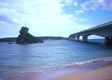 Isola e ponte di Kouri Fotografia Stock