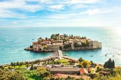 Isola famosa di Sveti Stefan in Budua Fotografia Stock Libera da Diritti