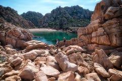 Isola Italia di Costa Paradiso Sardinia della spiaggia di Li Cossi fotografie stock libere da diritti