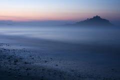 Isola nebbiosa Fotografie Stock Libere da Diritti