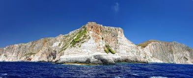 Isola nel mare ionico, Zacinto. immagini stock