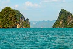 Isola nel mare profondo alla provincia di Krabi Fotografia Stock Libera da Diritti