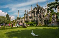 Isola pittoresque Bella avec ses beaux jardins et son lac baroque merveilleux Maggiore Stresa Italie de statues Images stock