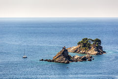 Isola sola nel Montenegro immagini stock