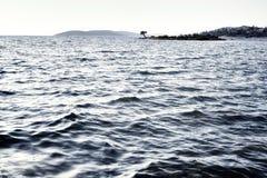 Isola sul mare Immagine Stock Libera da Diritti