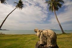 Isola Tailandia di Samui della statua @ Immagini Stock