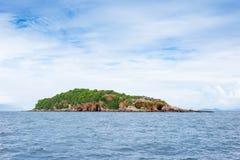 Isola tropicale di vista sul mare fotografia stock
