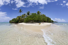 Isola tropicale isolata, Fiji Immagine Stock