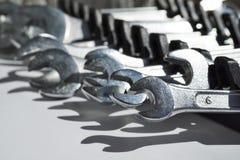 Isolado ajustado das chaves de macaco de prata & do x28; deslocamento ou spanners& ajustável x29; Imagem de Stock