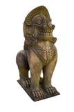 Isolado da escultura do singha no templo Fotografia de Stock Royalty Free