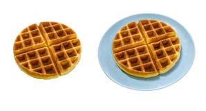 Isolado do waffle no fundo branco imagens de stock