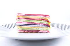 Isolado doce do bolo do crepe no fundo branco Imagens de Stock