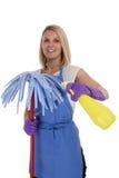 Isolado dos jovens da ocupação do trabalho da mulher do líquido de limpeza do serviço da senhora de limpeza Fotos de Stock