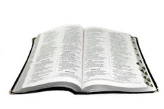 Isolado largamente da Bíblia portuguesa Fotos de Stock