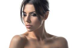 Isolado no retrato branco da beleza do close up do estúdio imagem de stock royalty free