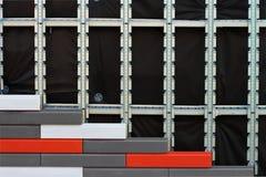 Isolamento artificiale della pietra decorativa dei fossades della costruzione fotografia stock libera da diritti