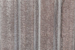 Isolamento della stagnola d'argento sul tetto del soffitto Immagine Stock