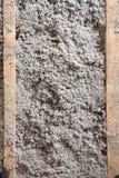 Isolamento ecologico della cellulosa fatto da carta riciclata Fotografie Stock Libere da Diritti