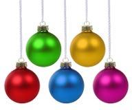 Isolat accrochant de décoration colorée de deco de babioles de boules de Noël Images libres de droits