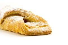 Isolat de pâte feuilletée sur le blanc Photo libre de droits