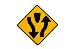 Isolat de signe de route de médiane en avant photos stock