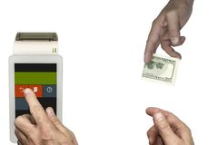 isolate Köparen betalar räkningen för dollar 100 Kassörskan gör en kontroll på terminalen Royaltyfria Foton
