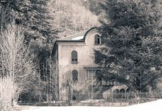 Isolated house Stock Photos