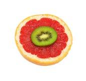 Isolated Kiwi and Grapefruit Royalty Free Stock Images