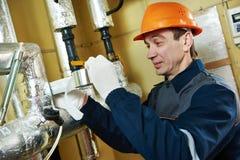 Isolation thermique tuyaux isolants de système de chauffage de travailleur avec l'aluminium photo stock